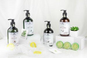 Kozmetičke bočice - Saznajte kako da napravite sami prirodne maske za negovanu kosu.