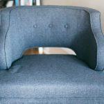 Fotelja za čiju izradu je poštovan dizajn enterijera u skandinavskom stilu
